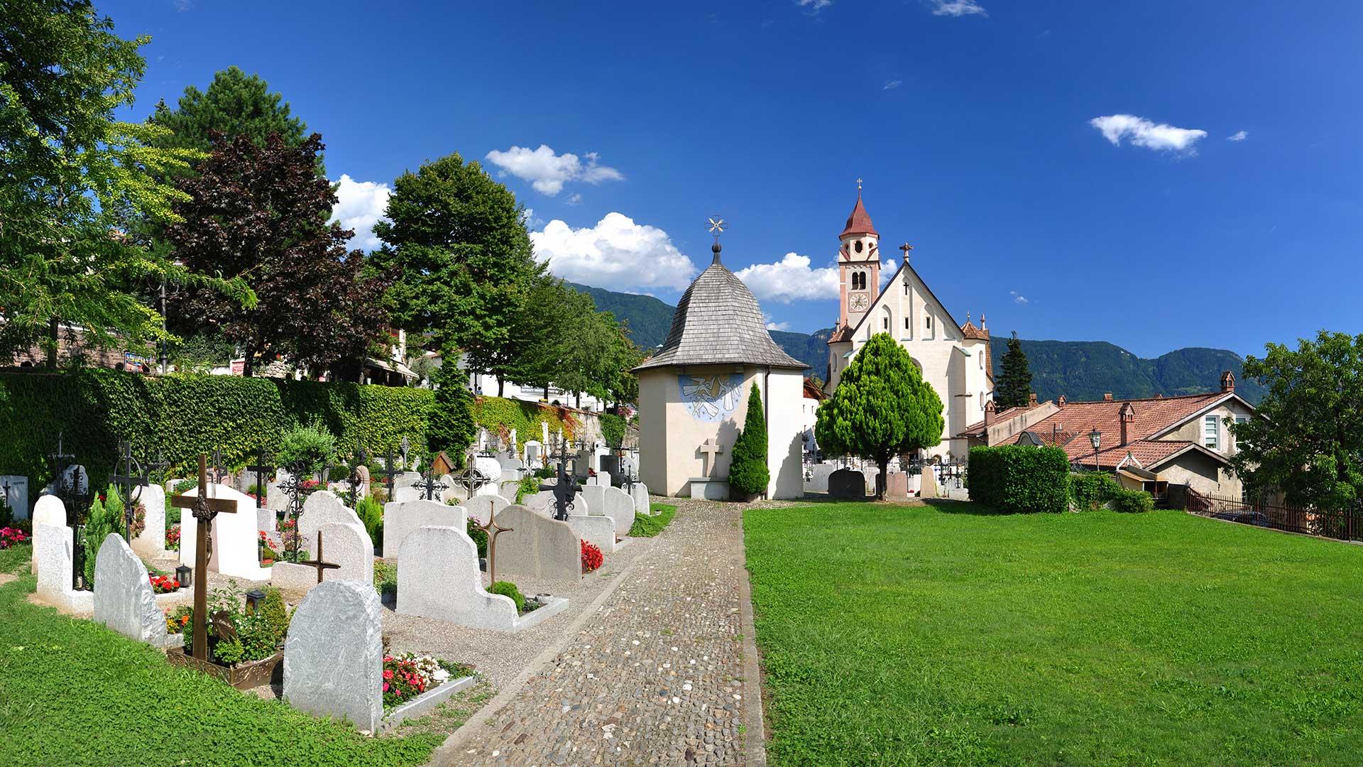 Kirche von Dorf Tirol