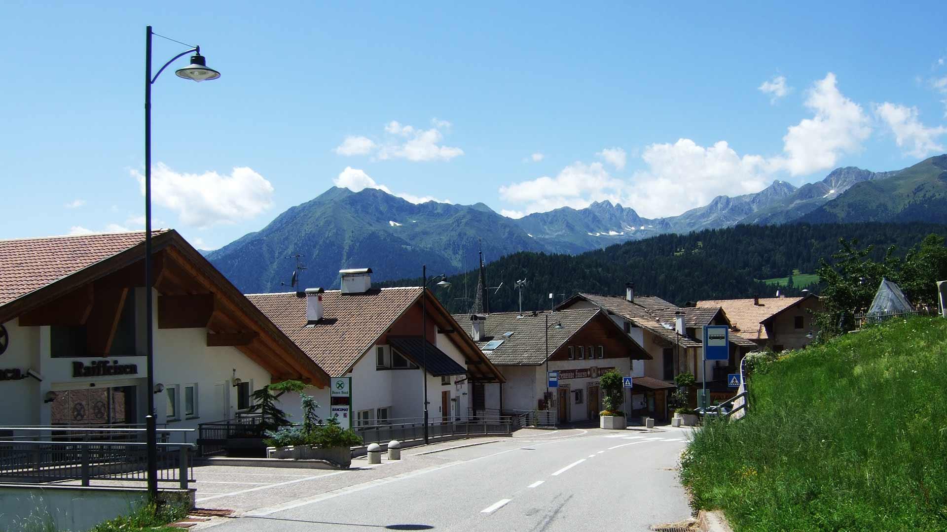Dorf Laurein