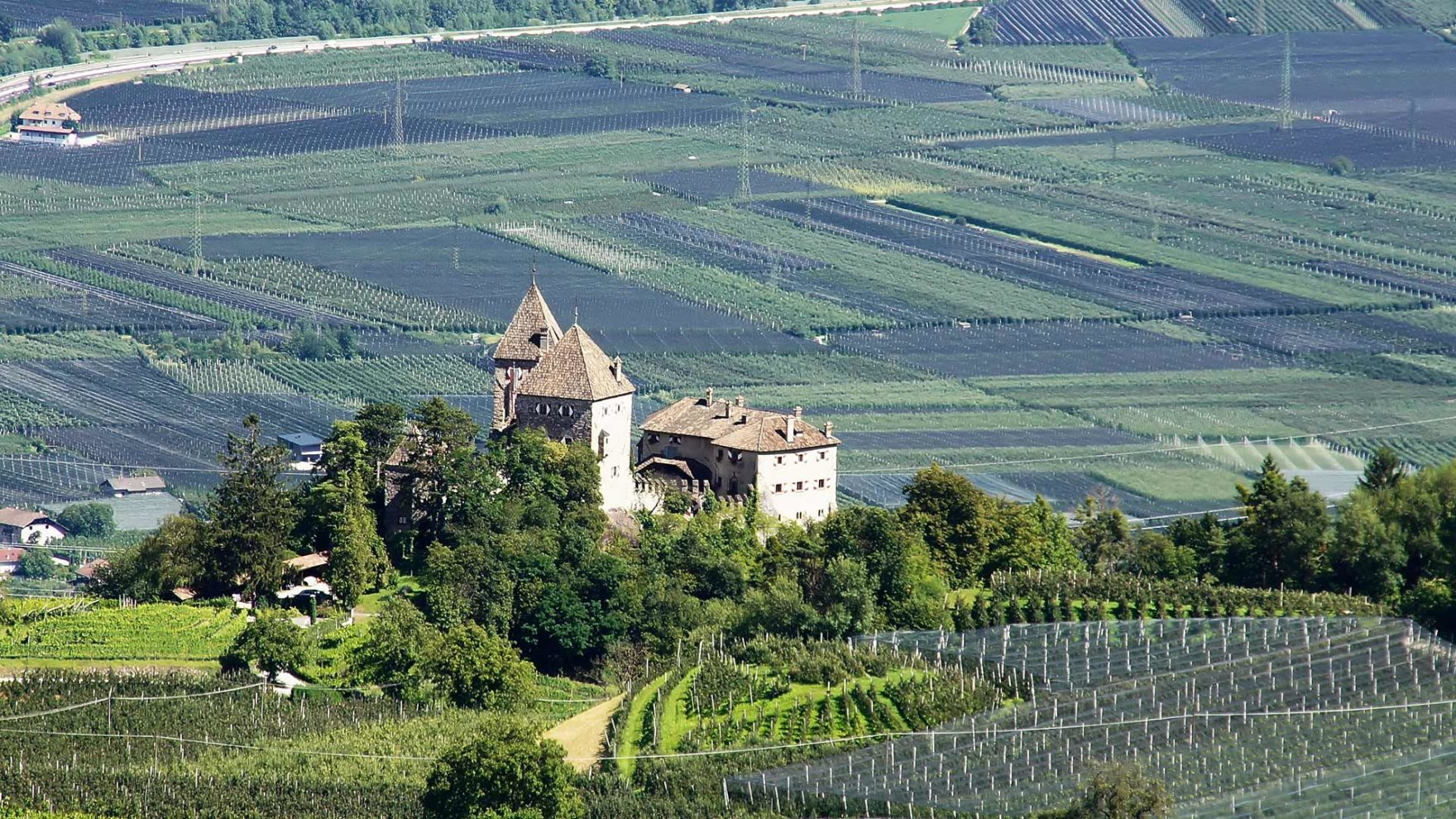 Schloss Wehrburg bei Prissian