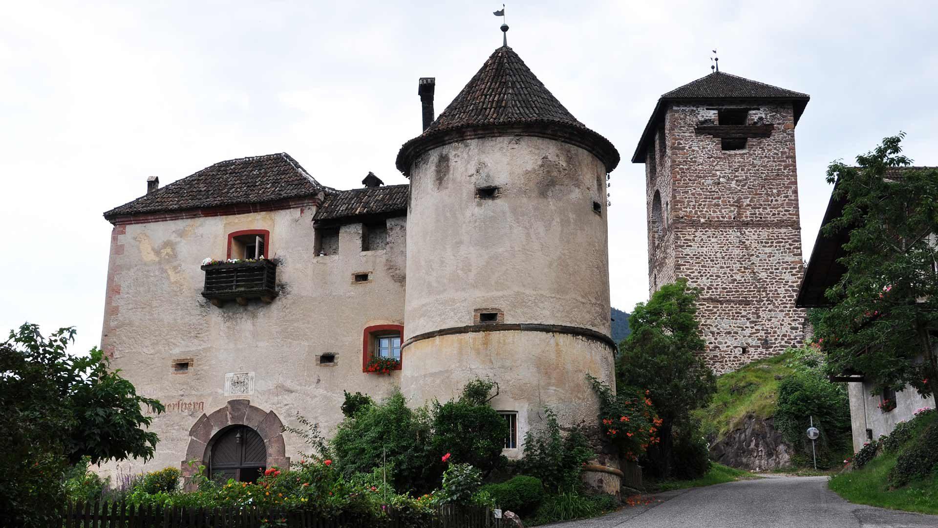 Burgen in Nals