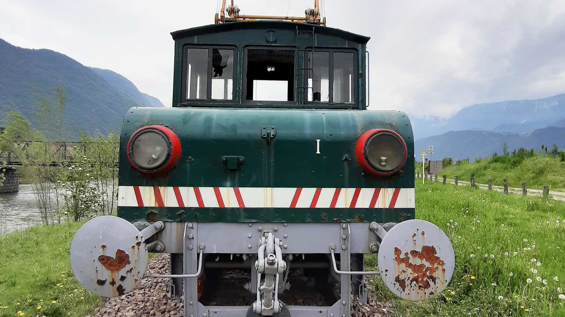 E-Lok der Lana-Burgstall-Bahn