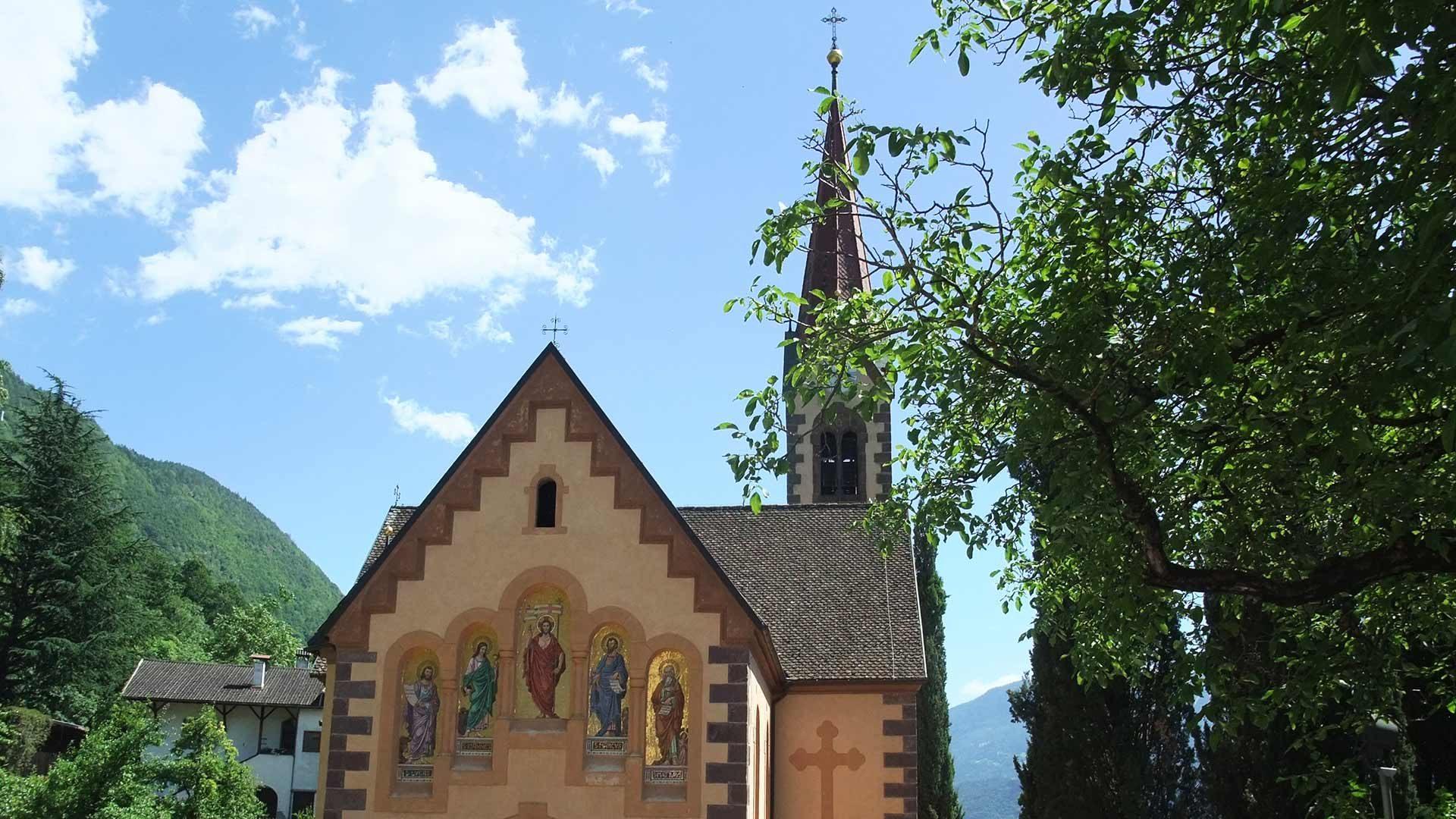 Die Pfarrkirche von Burgstall