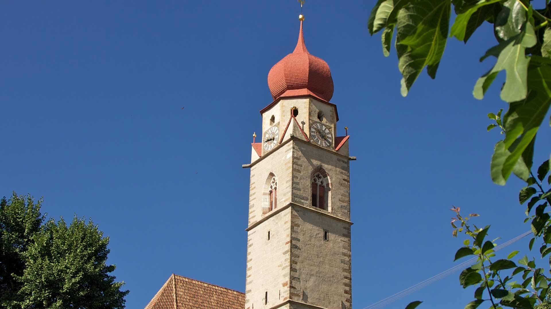 Die Pfarrkirche in Partschins