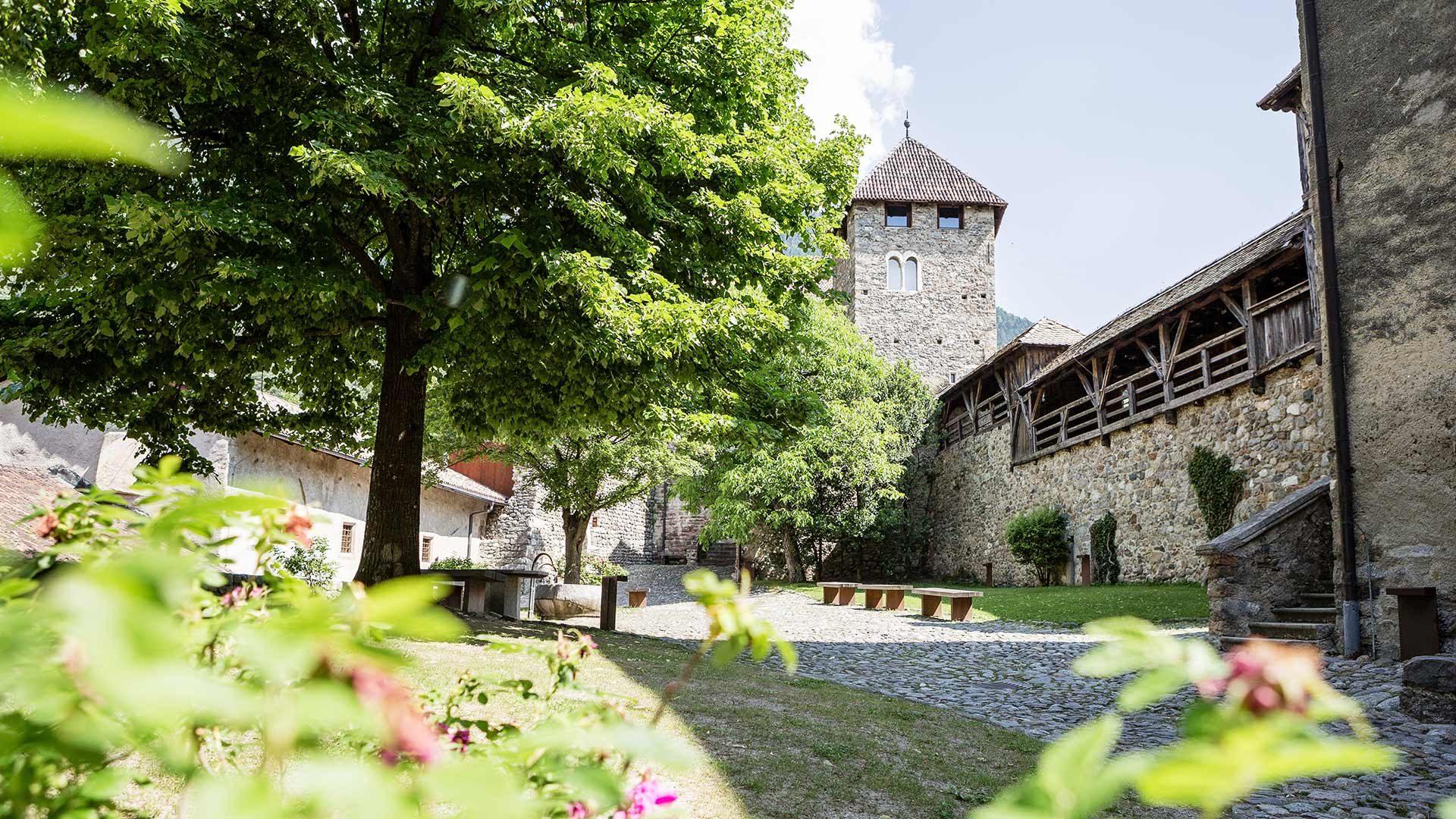 Schloss Tirol - Innenhof
