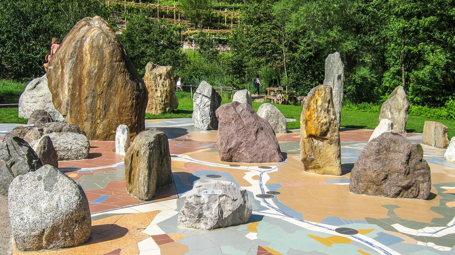 Geologisches Mosaik - Gärten von Schloss Trauttmansdorff