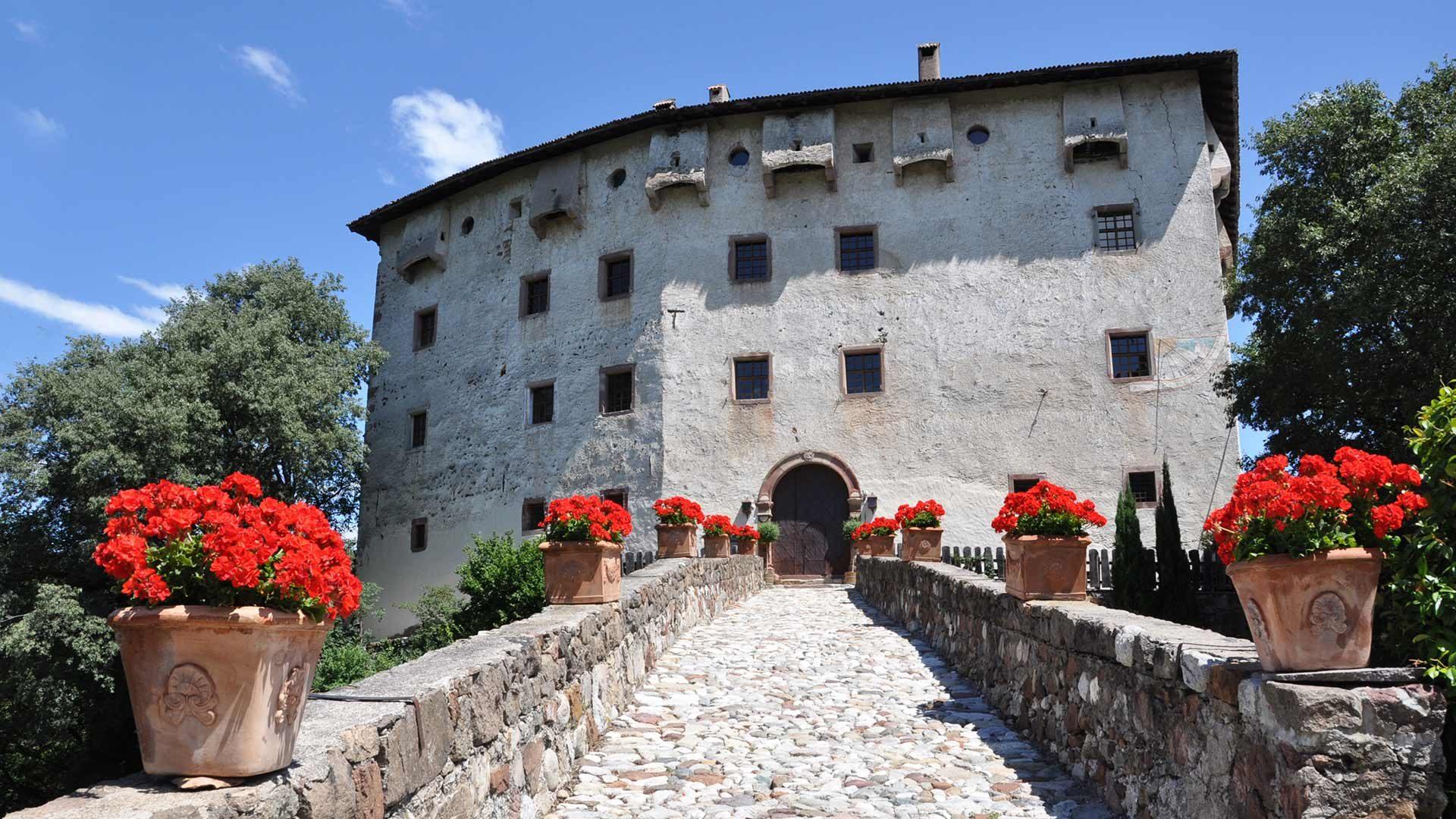 """""""Versoaln"""" bei Schloss Katzenzungen"""