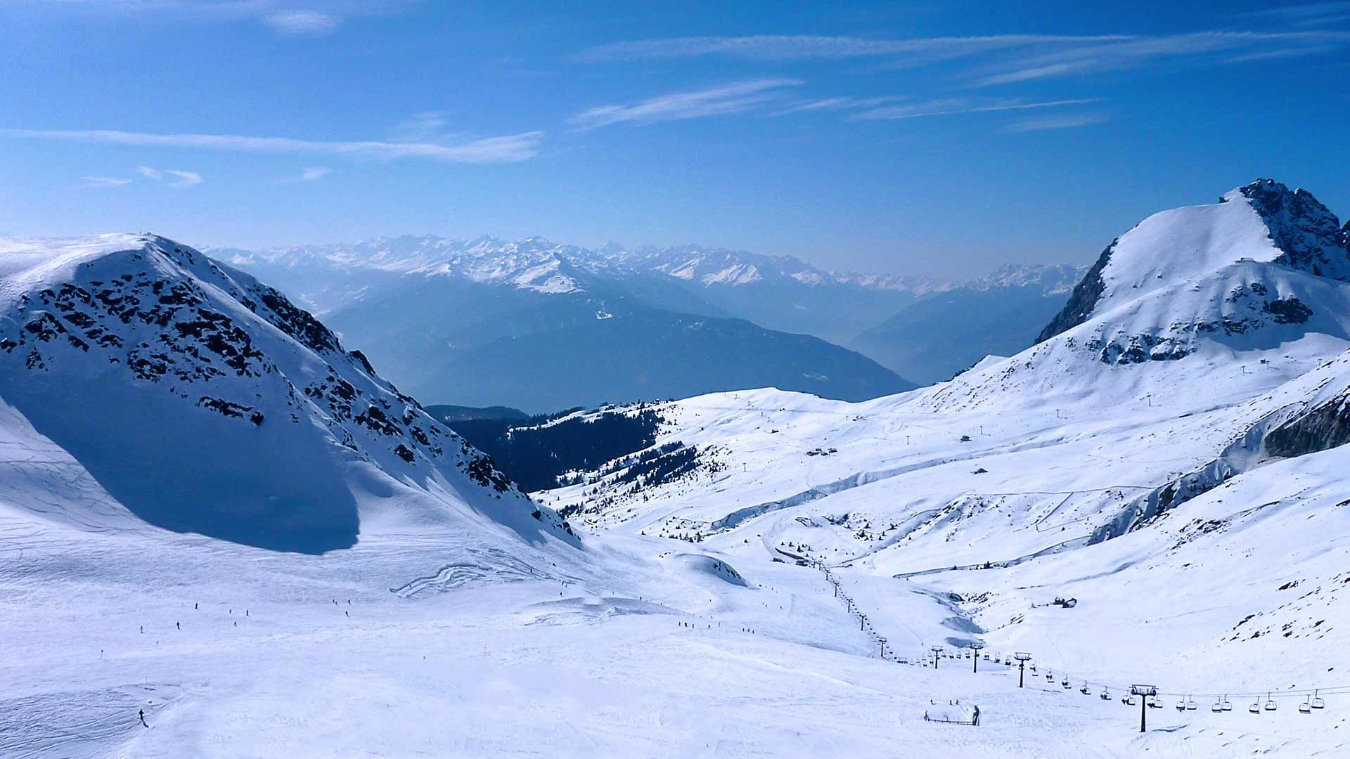 Blick auf das Skigebiet Meran 2000