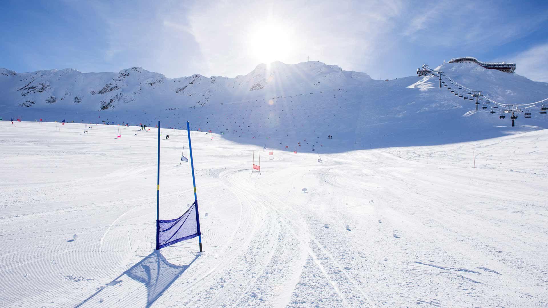 Skifahren am Gletscher in Südtirol