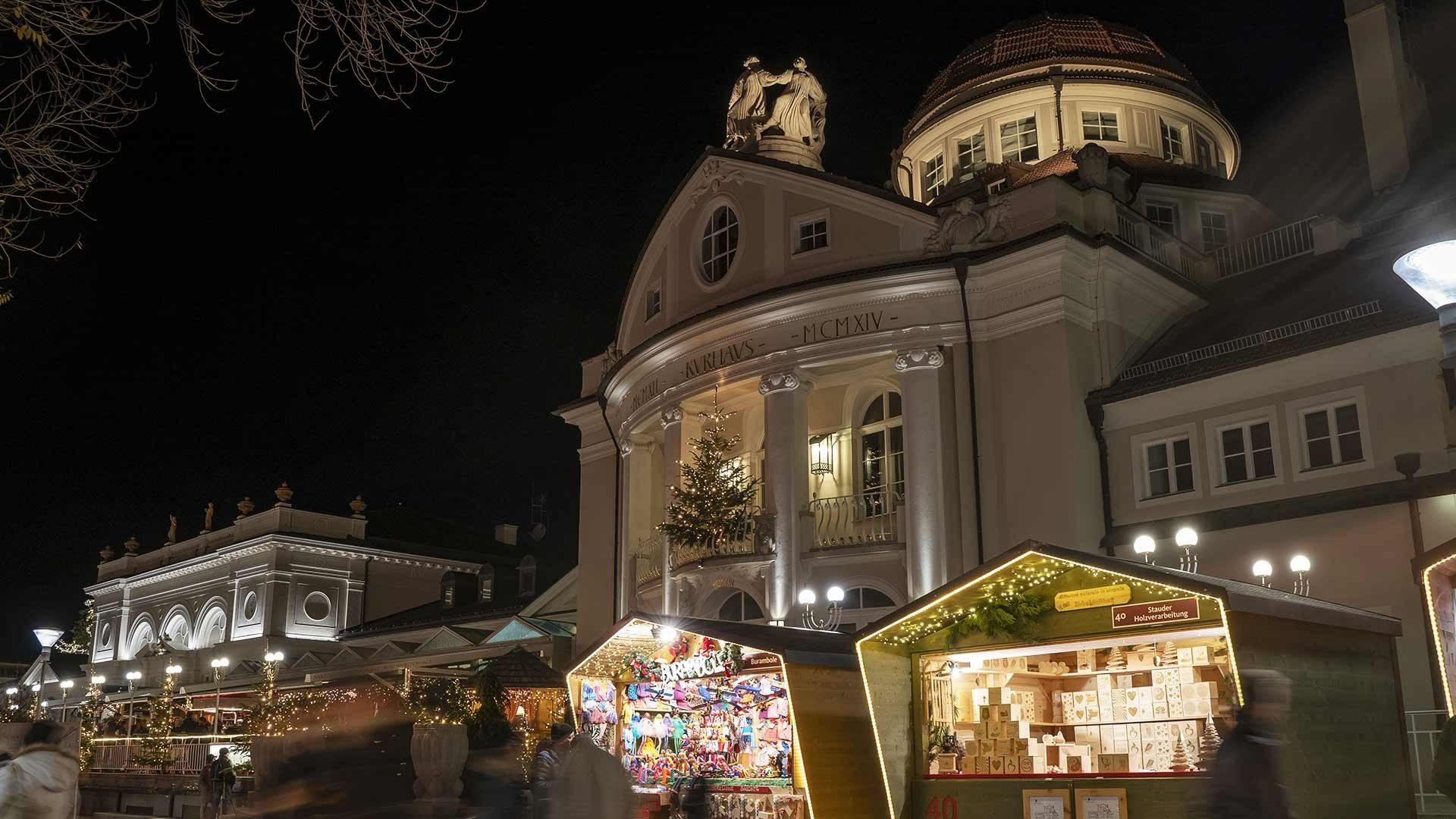 Weihnachtsmarkt Meran - Kurhaus